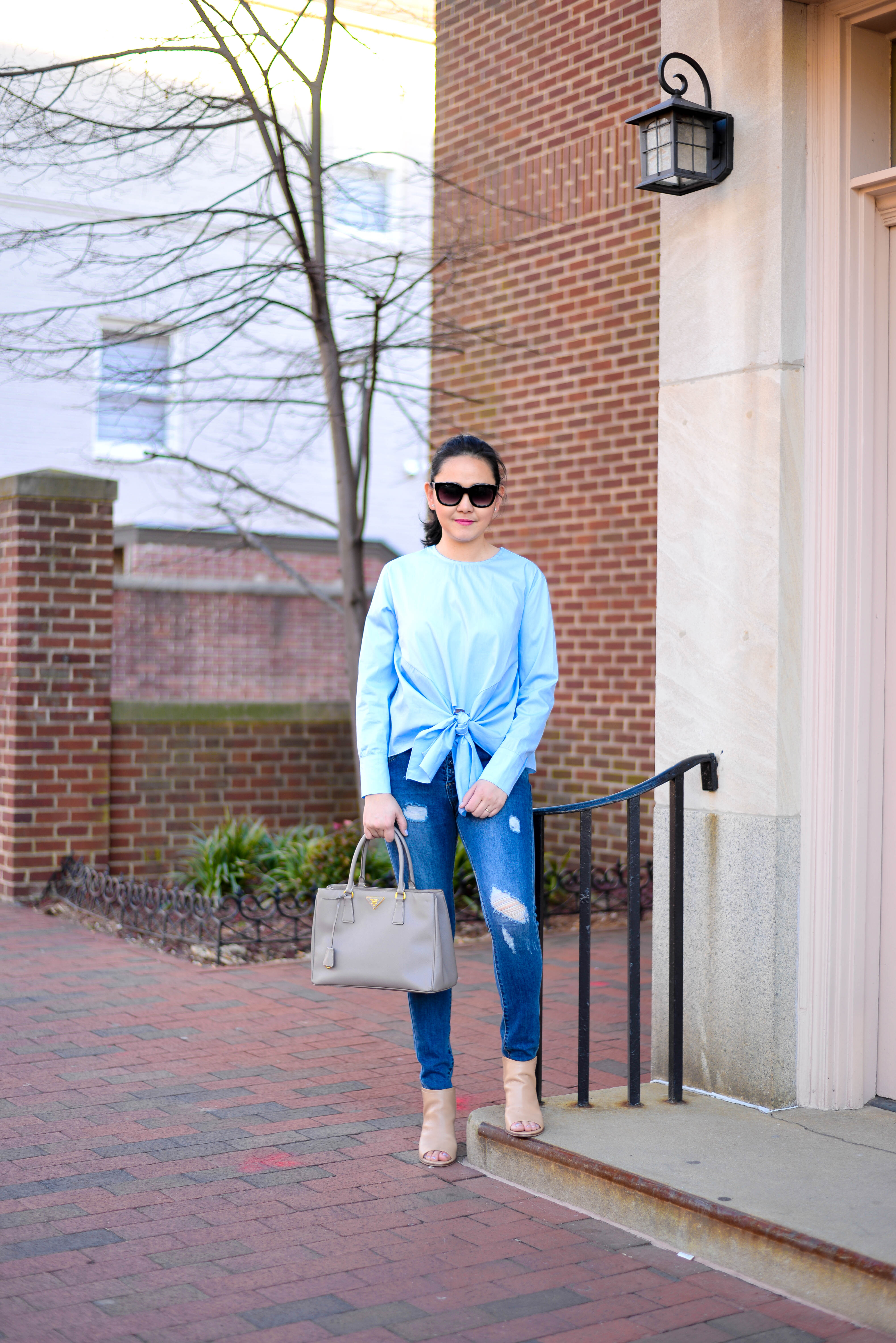 Blue Knot Front Top
